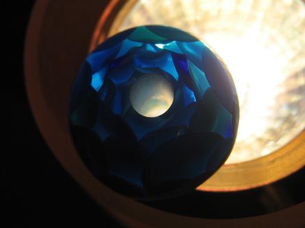 普通の青い玉